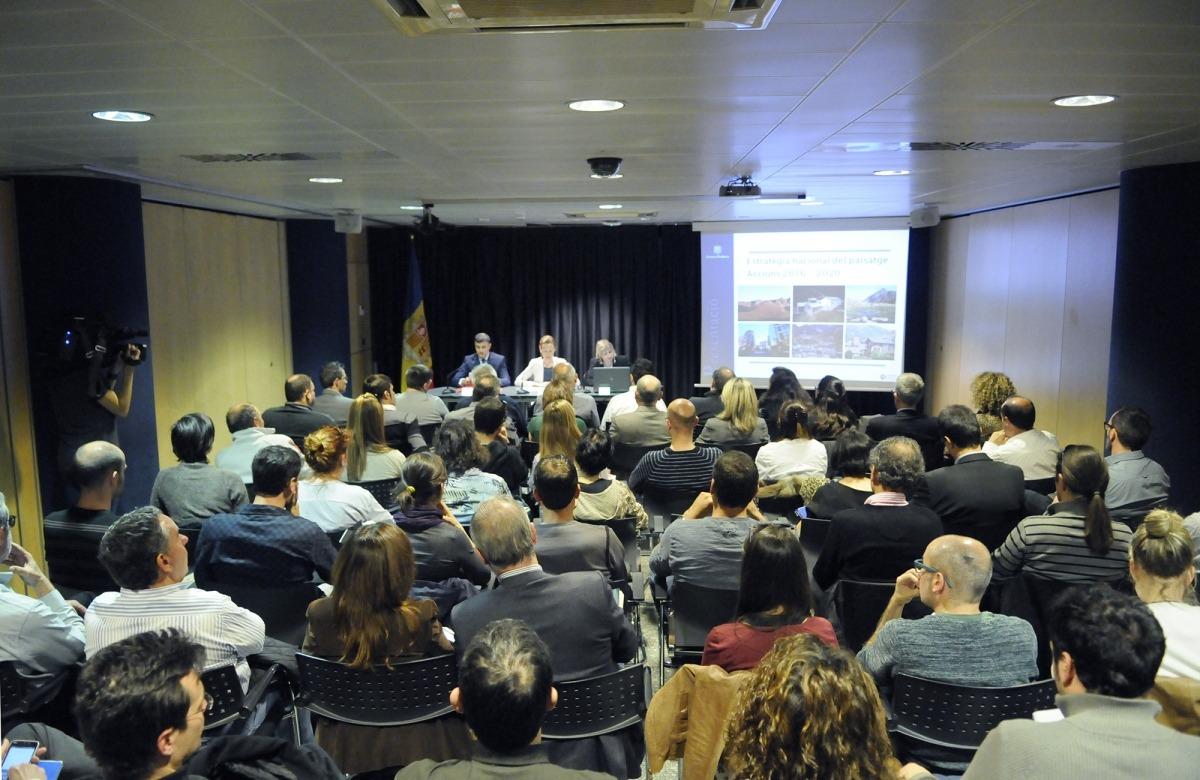 Un moment de la presentació de l'Estratègia nacional del paisatge 2016-2020.