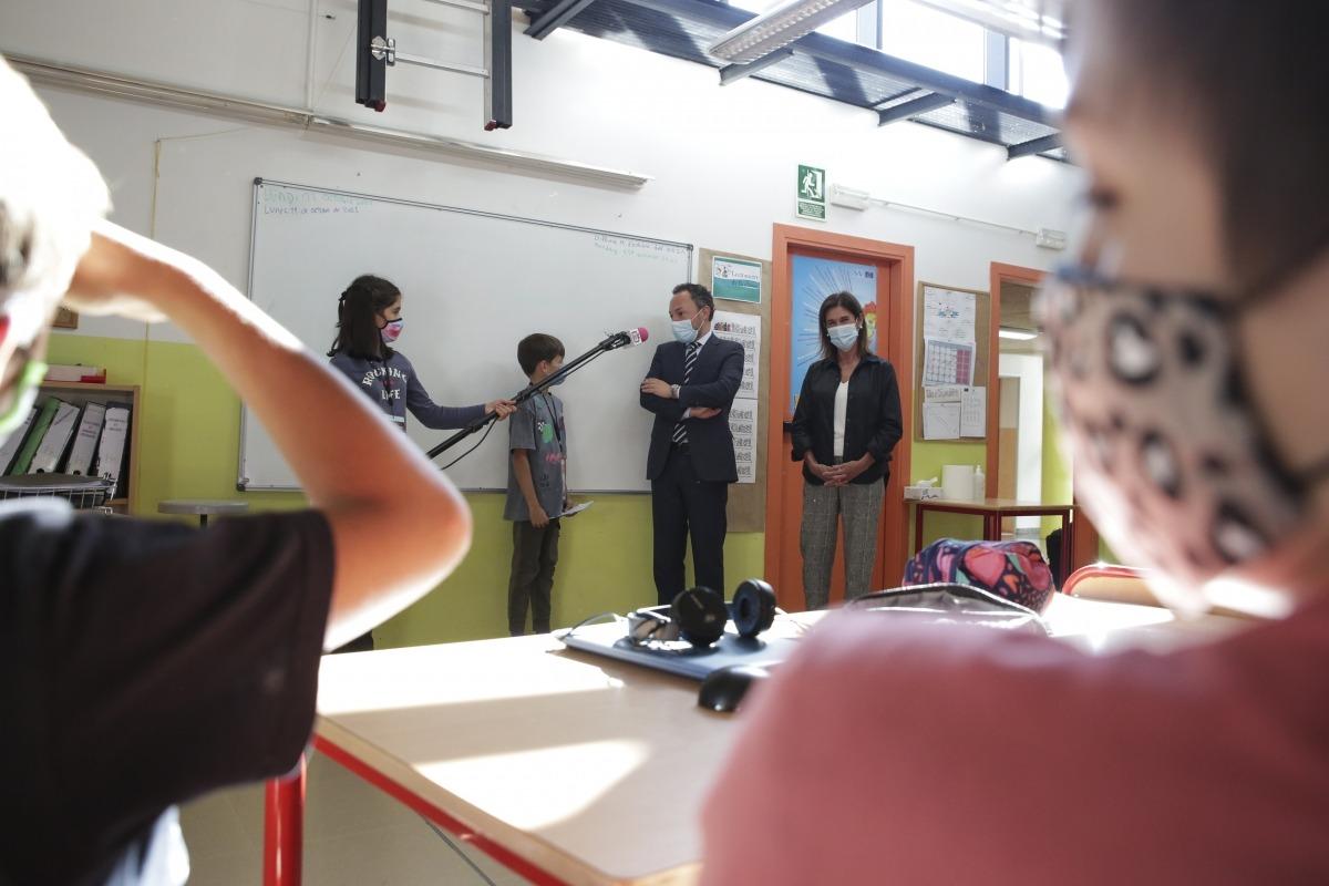 Moment de l'entrevista dels reporters de Canillo TV a Espot i Vilarrubla.