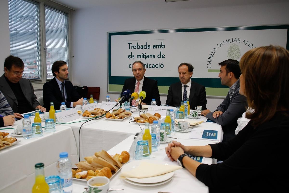 El president de l'EFA, Francesc Mora, en una compareixença davant de la premsa.
