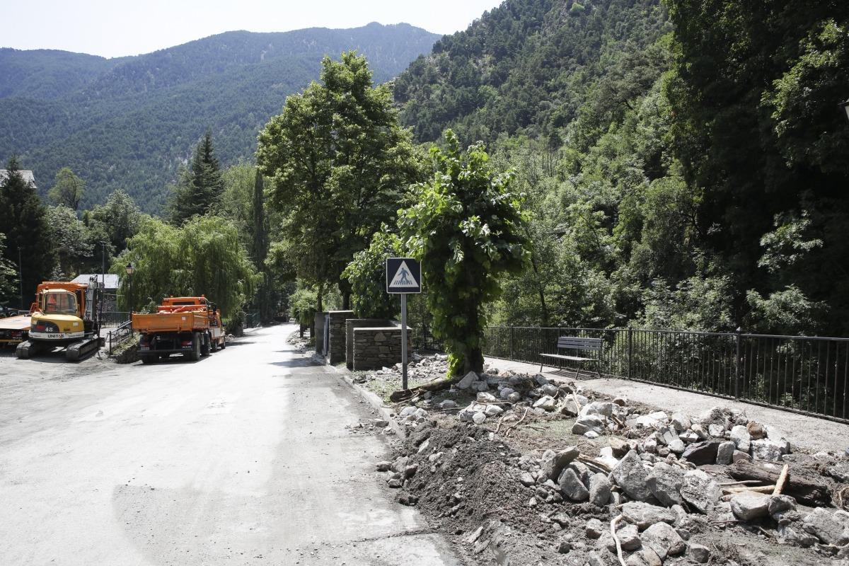 Estat en què es trobava la carretera de Bixessarri ahir.