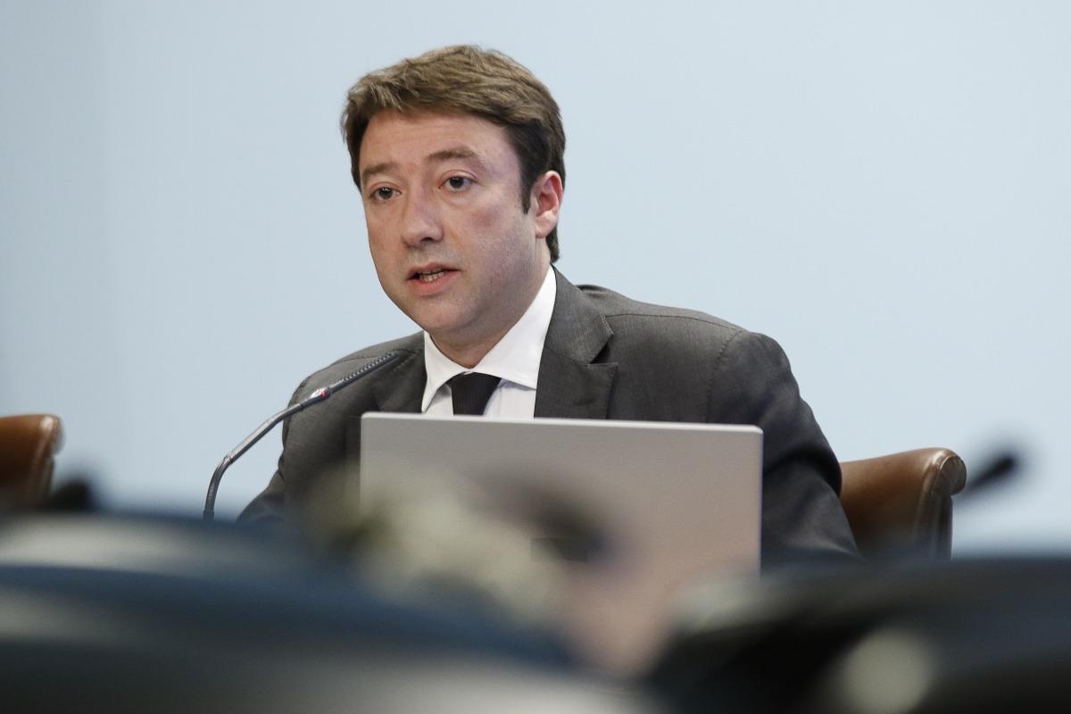 El director general del departament de Tributs i Fronteres, Albert Hinojosa, en la compareixença d'ahir.