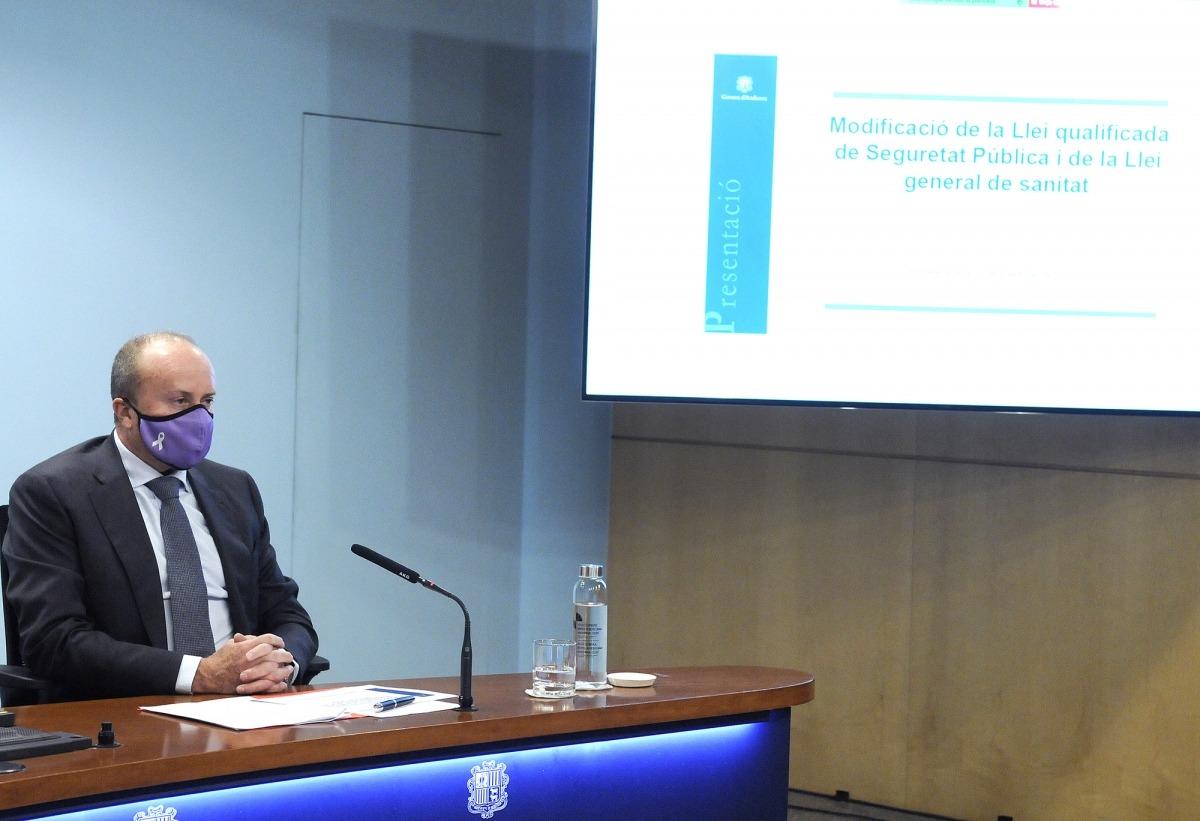 El ministre d'Interior, Josep Maria Rossell, va presentar ahir els canvis legislatius.