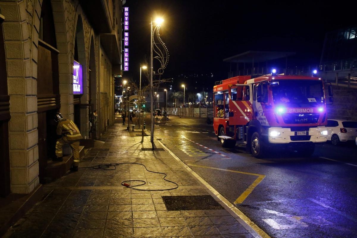 Quatre ferits per inhalació de fum a Escaldes