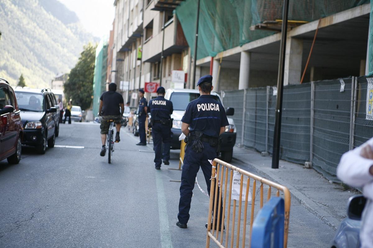 Una campanya anterior de la policia prop dels centres escolars.