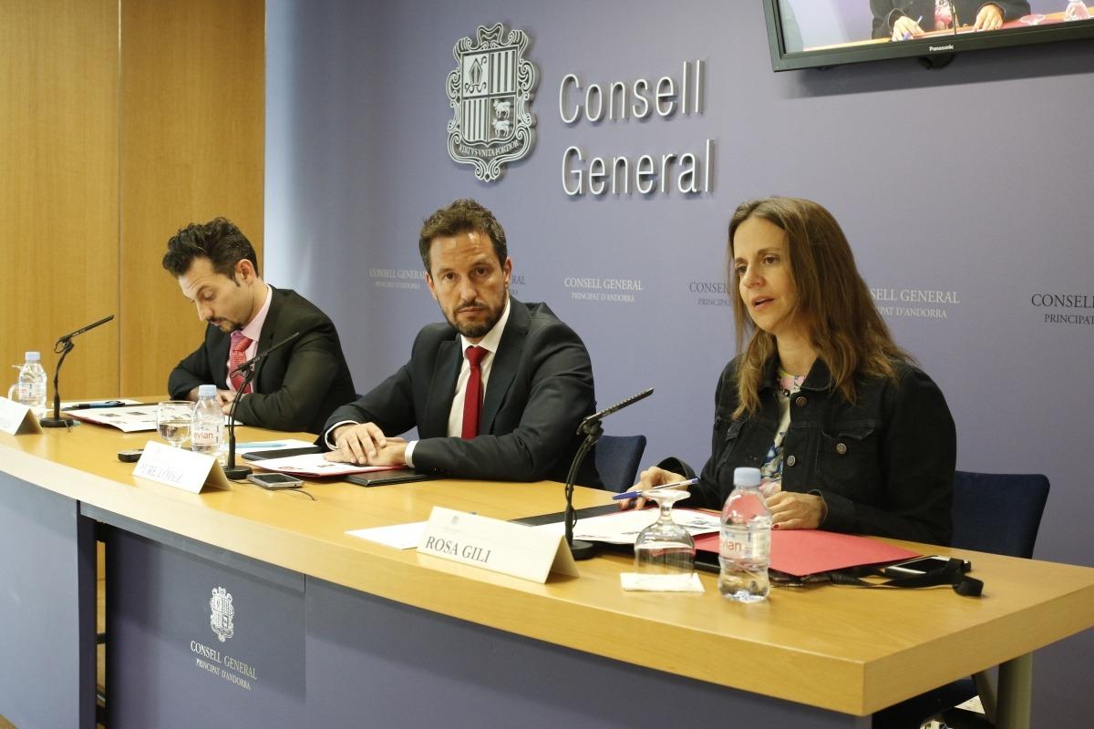 """El PS acusa el Govern de """"portar el país a la deriva"""" amb la seva gestió"""