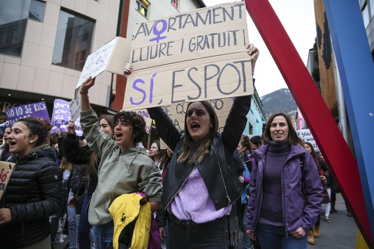 Instant de l'última manifestació feminista amb motiu del 8 de març.