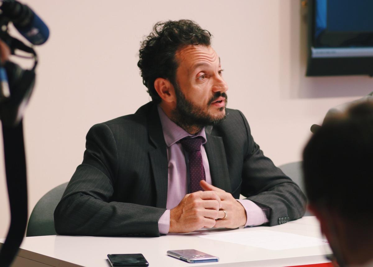 Gerard Alís i Pere López van denunciar ahir la situació de col·lapse que es viu a l'administració de justícia.