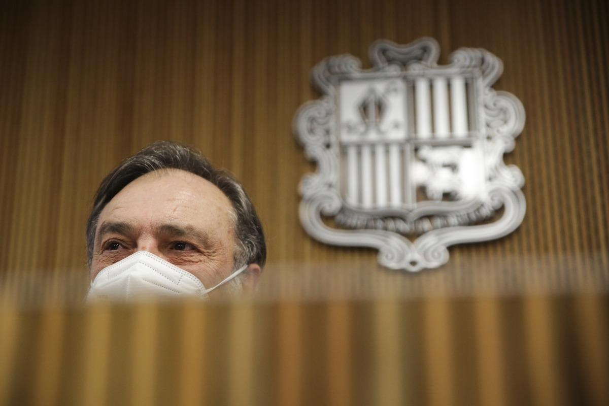 Un moment de la compareixença del raonador del ciutadà, Marc Vila, davant la comissió de Justícia, Interior i Afers Institucionals.
