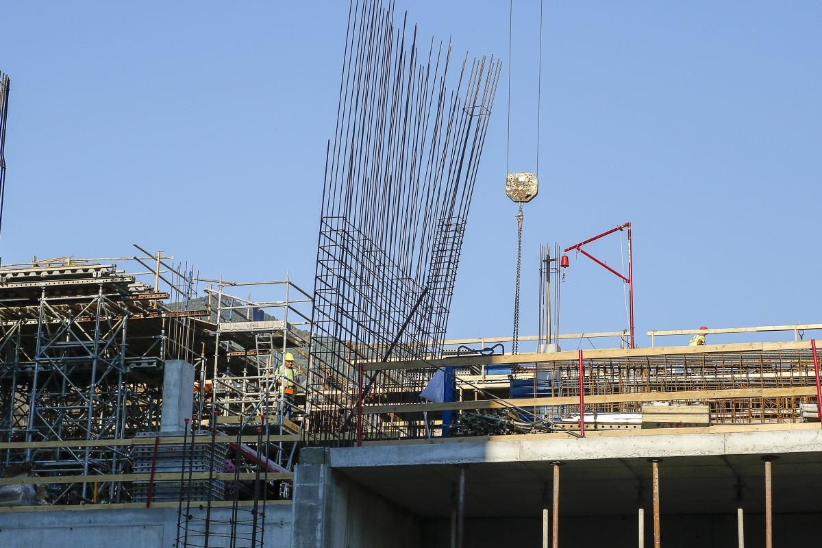 La construcció i les activitats immobiliàries van tenir un 7,7% més de treballadors.