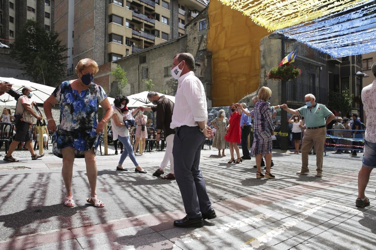 El ball Cerdà es va celebrar a partir de la una de la tarda a la plaça Major.