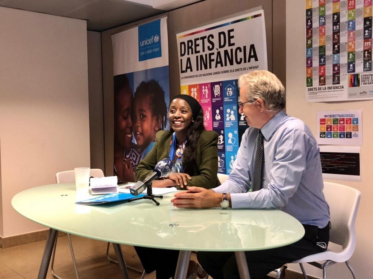Marie-Consolée Mukangendo i el director d'Unicef Andorra, Albert Mora.
