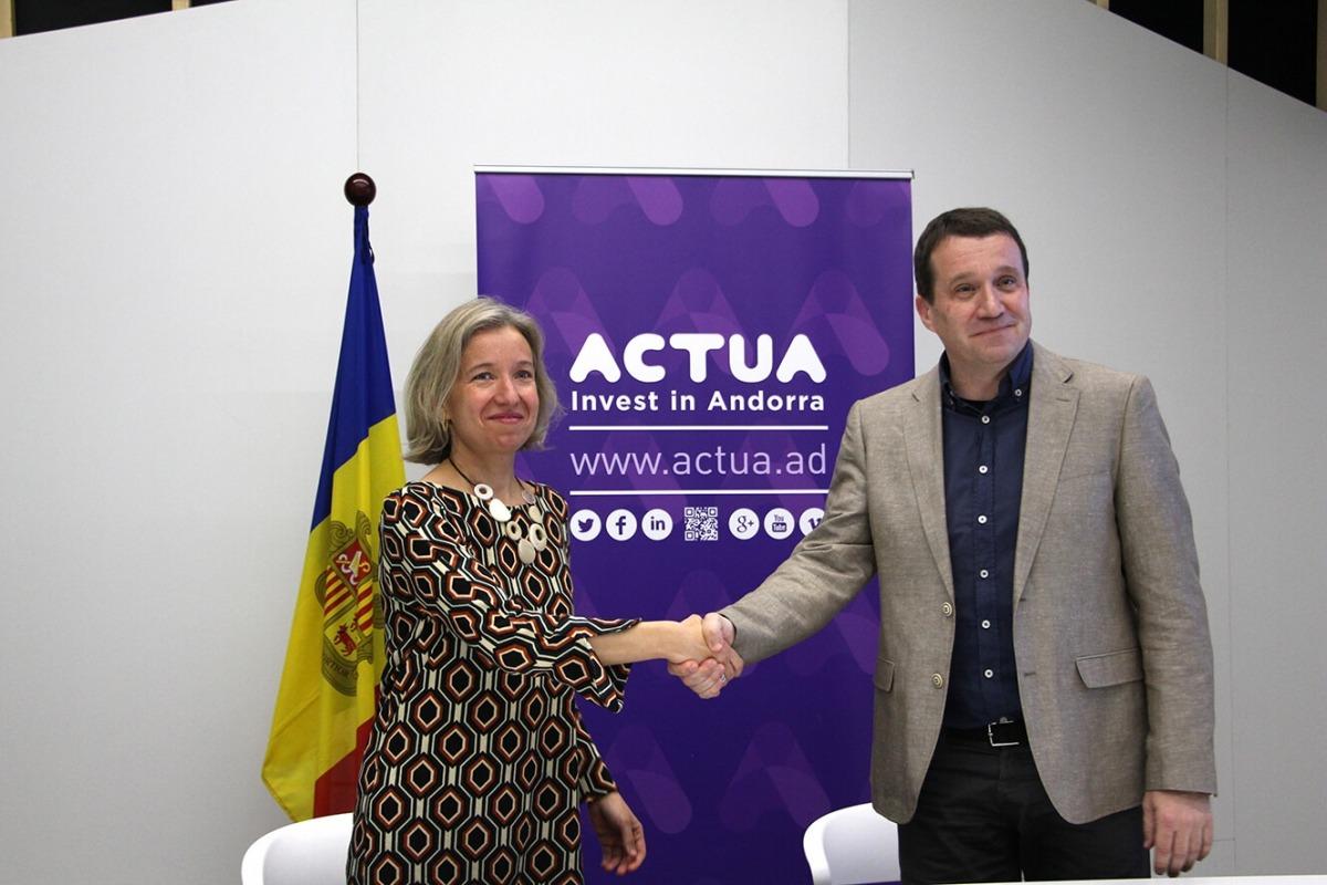 Judit Hidalgo, directora d'ADI-Iniciativa Actua, i Miquel Martí, director general de Barcelona Tech City.