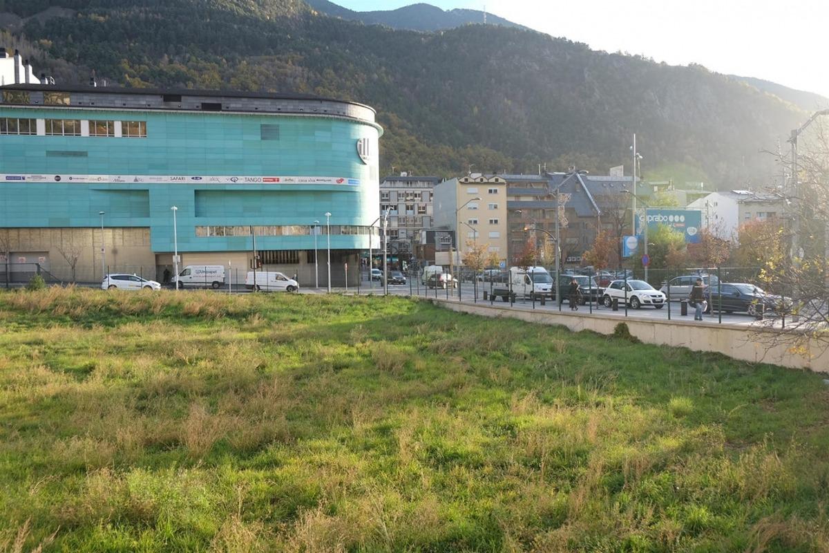 La parcel·la on es projecta construir el complex que inclourà el casino.