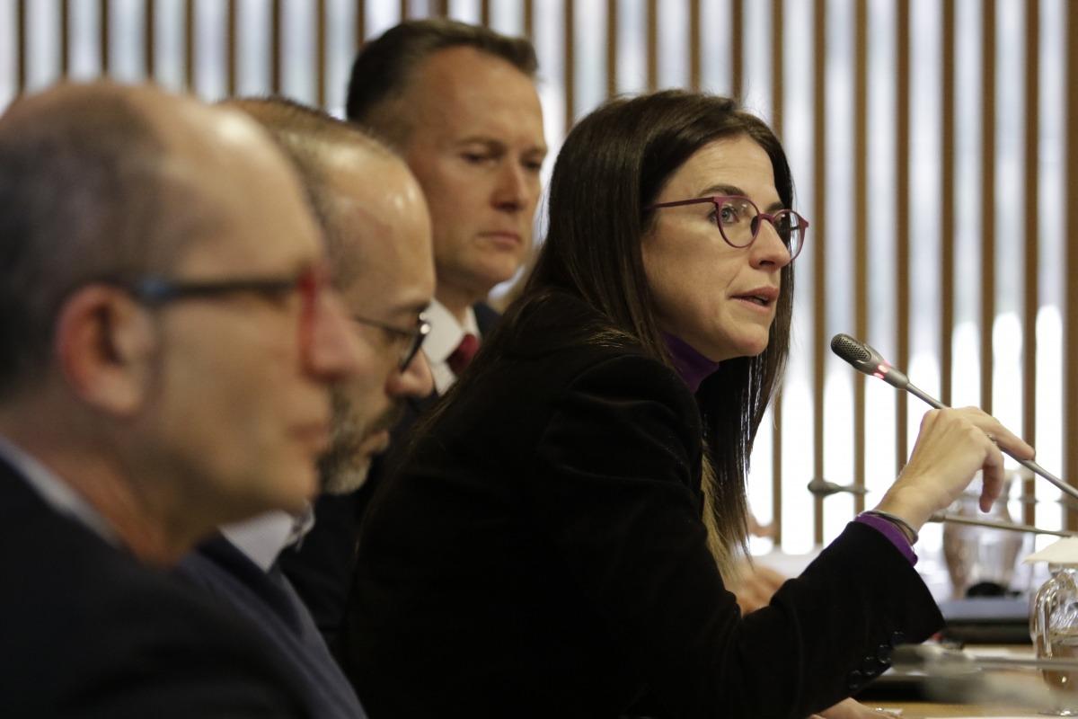 La ministra Riva va comparèixer ahir acompanyada pels directors de Patrimoni, Xavier Llovera, i Política lingüística, Joan Sans.