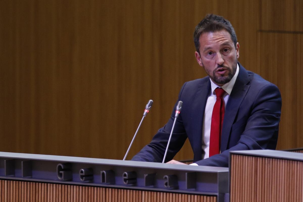López pregunta pel retard en la regulació del tercer pagador