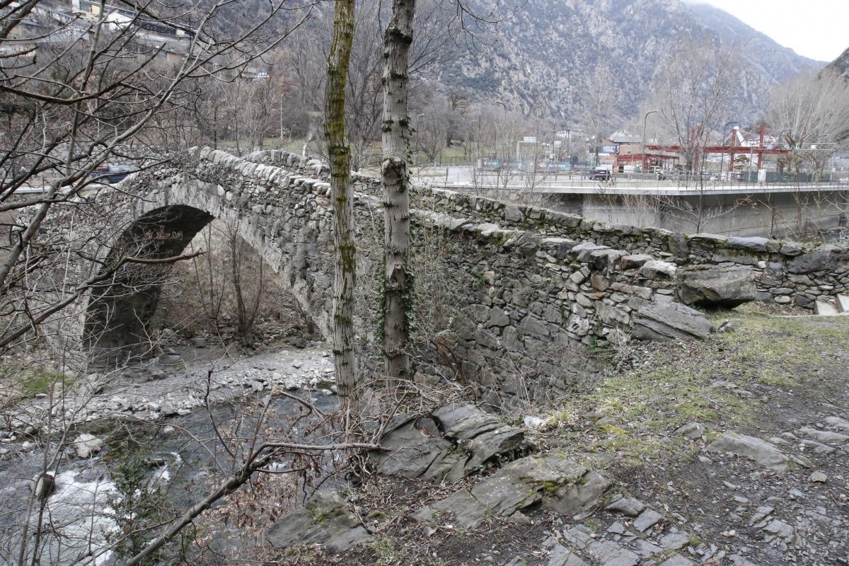Andorra, patrimoni, entorns de protecció, pont de la margineda, ricard de deus, clàusla margineda