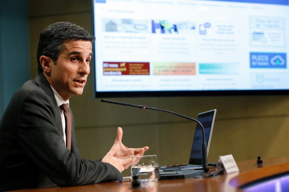 Descàrrega 'online' i gratuïta dels plecs dels concursos públics