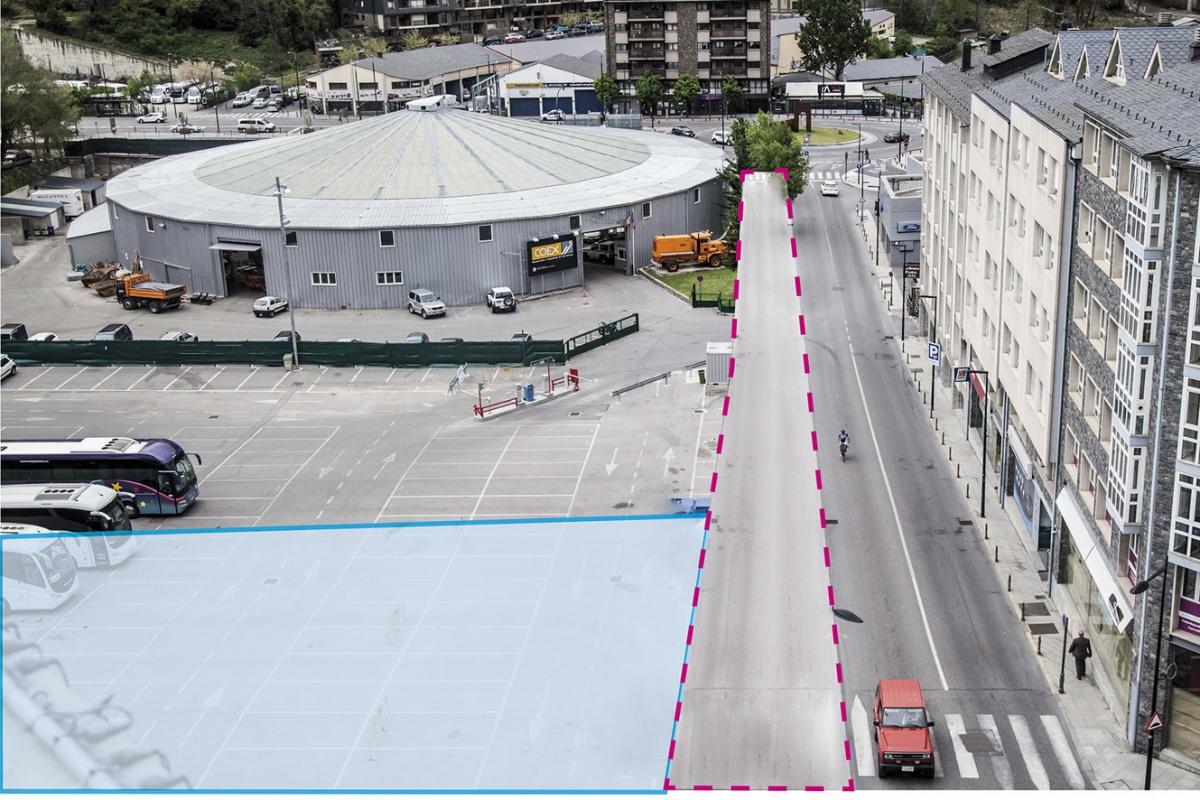 El carrer Doctor Vilanova i l'aparcament d'autobusos, una de les zones compreses en el masterplan.