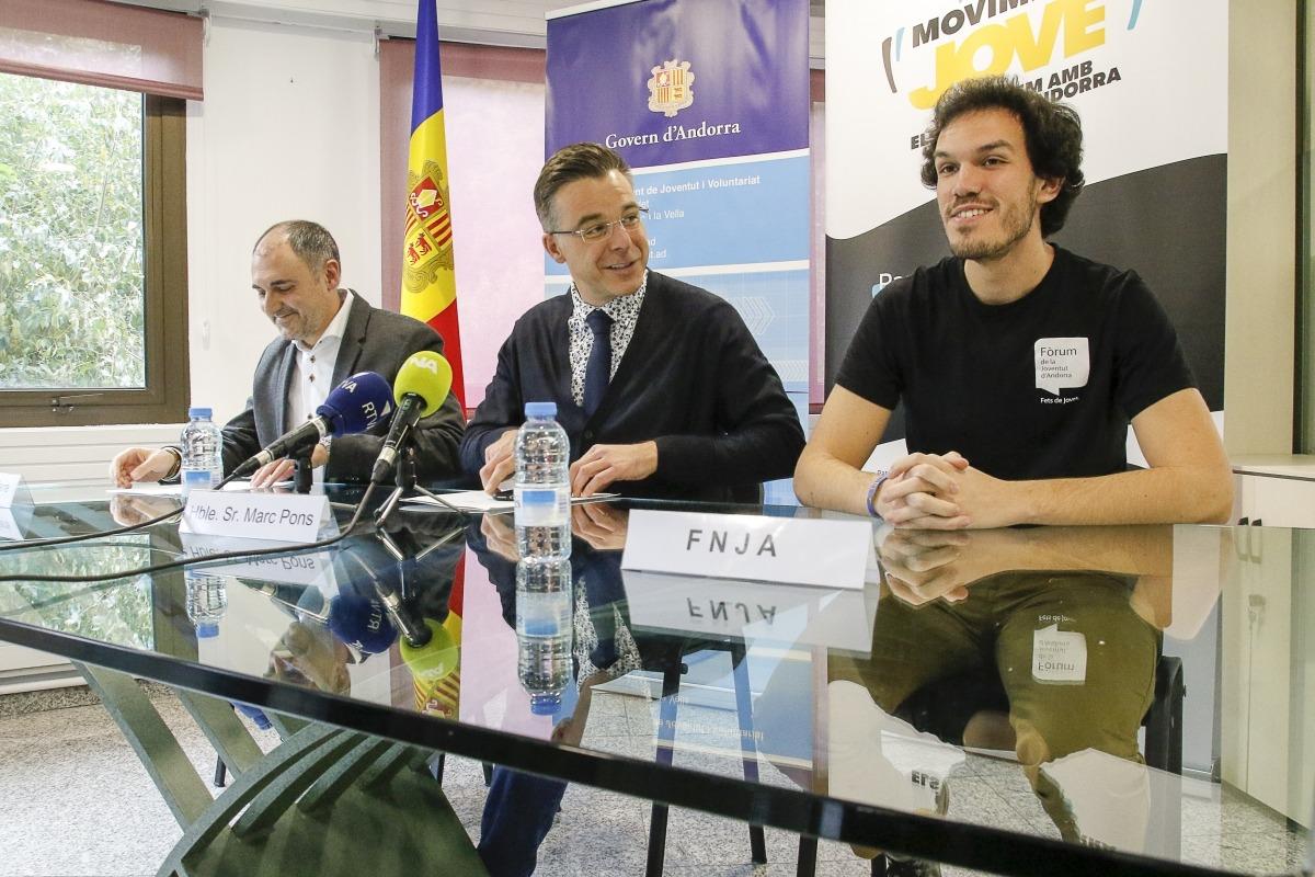 Pifarré, Pons i Servera van presentar ahir el projecte 'Moviment Jove' que es desenvoluparà fins al juny del 2019.