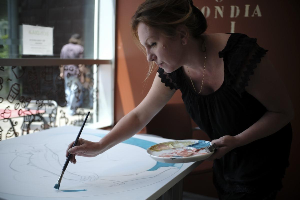 Intervenció de Masha Terrovere en una de les taules del BonDia a la vista dels clients.
