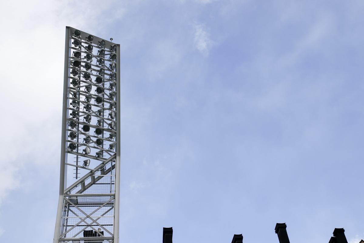 L'enllumenat de l'Estadi Nacional ha costat fins ara un milió d'euros