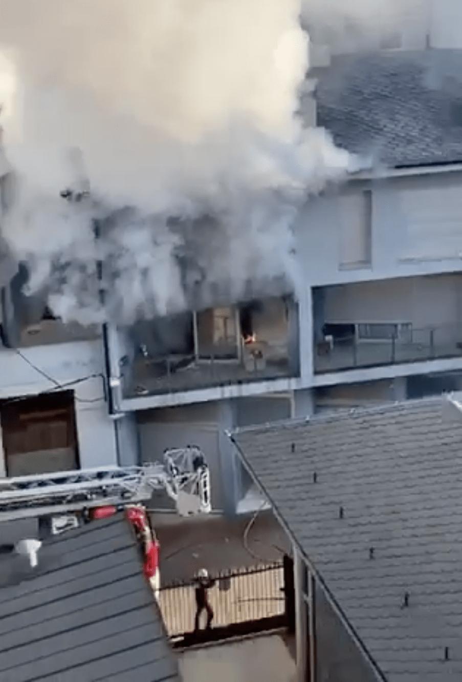 Imatge de l'incendi de dilluns passat al carrer Portal d'Andorra.