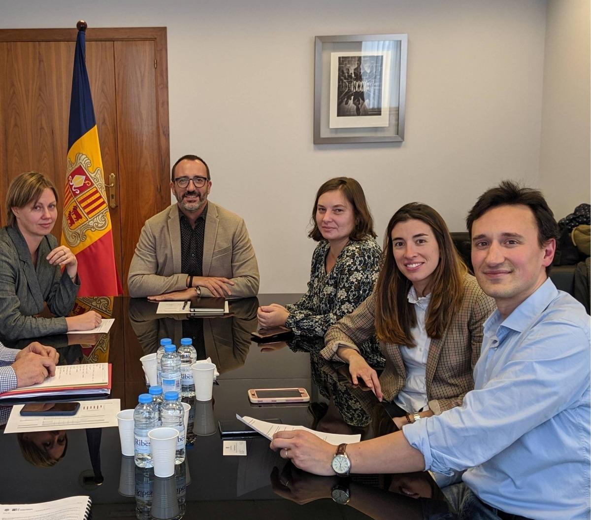 Moment de la reunió dels representants de l'AFNA amb el ministre Filloy.