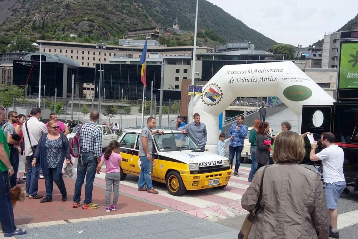 La 1a edició de Clàssics al carrer reuneix més de 300 persones