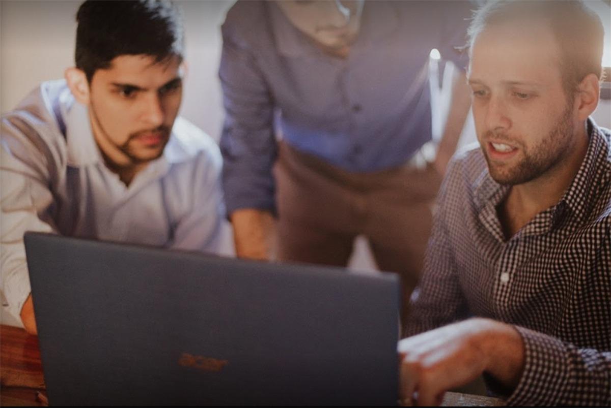 En l'àmbit d'Internet i les noves tecnologies veuen molts emprenedors l'oportunitat per obrir nous negocis.