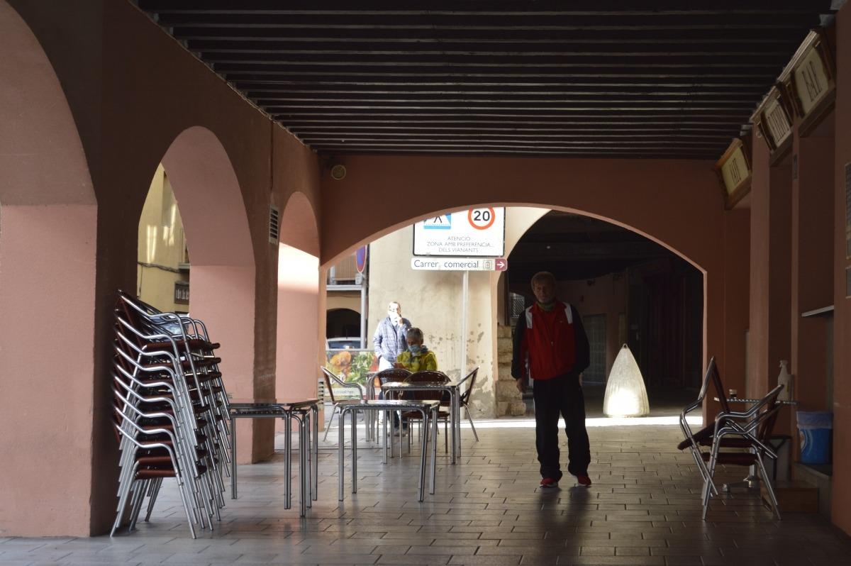 Vista d'un dels carrers comercials de la capital alturgellenca.