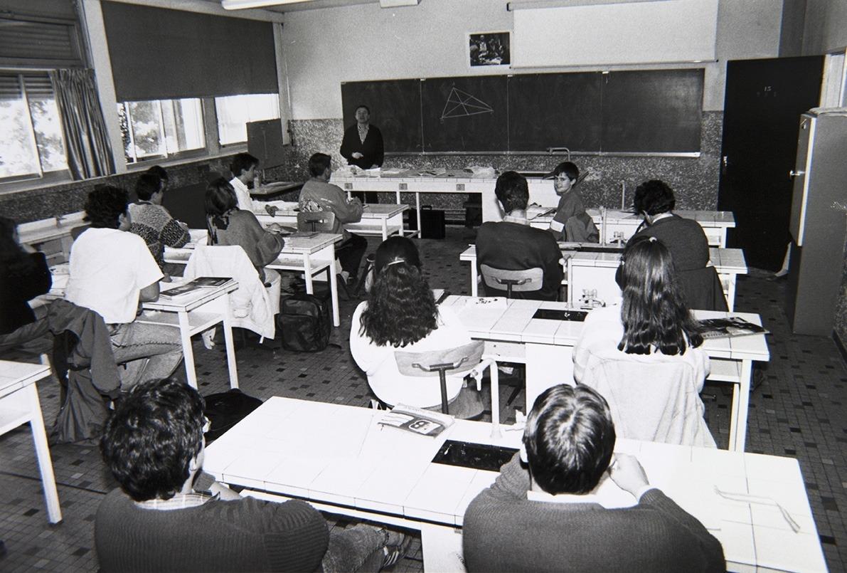 Reportatge sobre l'Escola Andorrana publicada el 1987 al 'Diario de Barcelona'.