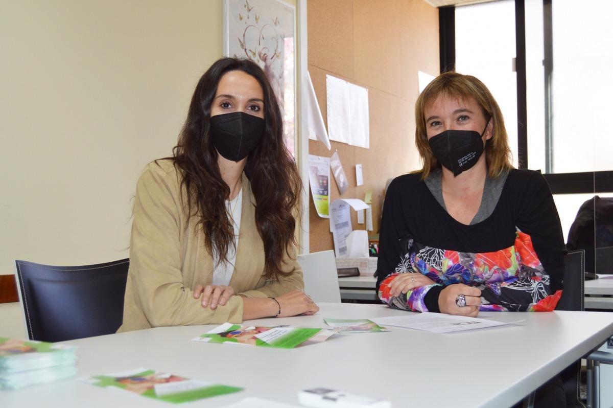Alba Solé, cap d'estudis, i Anna Sansa, directora del col·legi La Salle