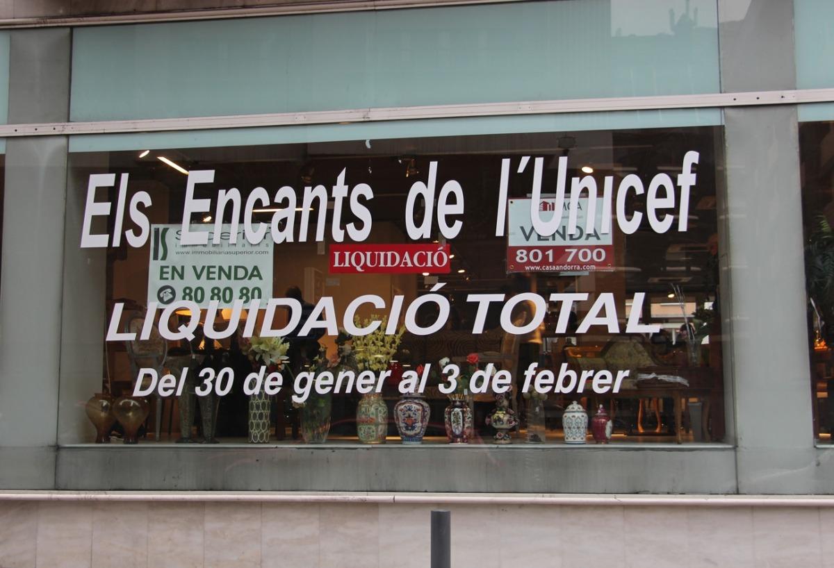 Liquidació total als Encants d'Unicef