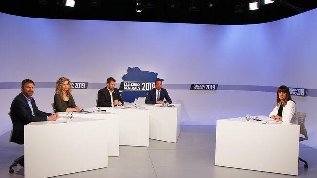 Els caps de llista d'Encamp, Comella, Martínez, Rios i Torres en el debat que va oferir ahir Andorra Televisió.