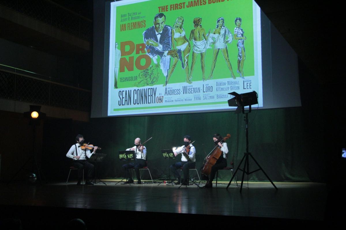 La banda sonora de 'James Bond contra el Dr. No' va sonar ahir a l'Auditori.