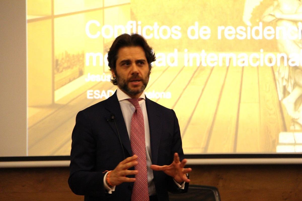 El professor d'Esade, Jesús Romero, durant la conferència.