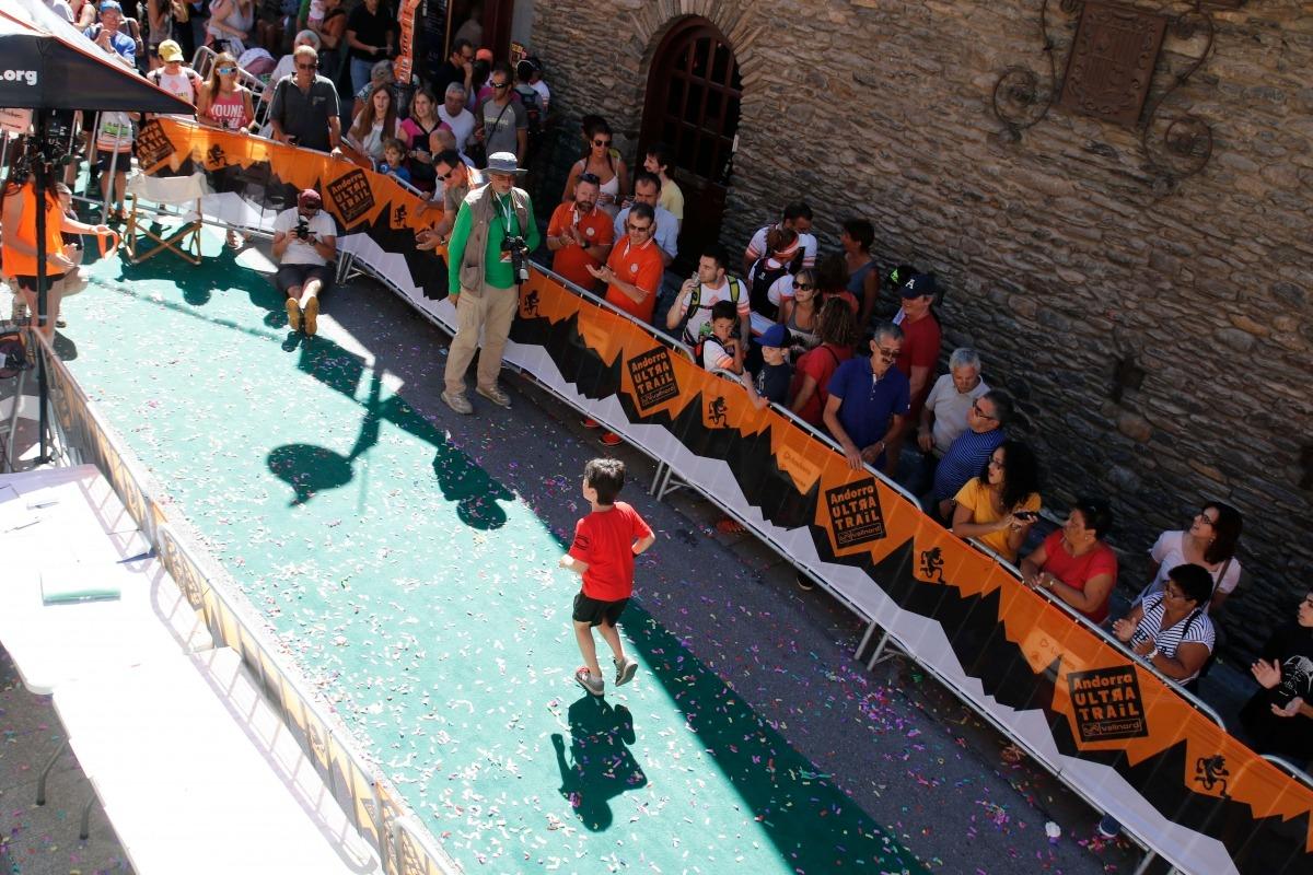 Mortés insta a avançar-se als problemes del turisme de masses
