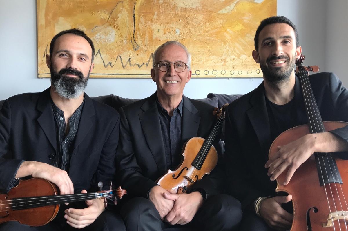 Pare i fills, els integrants del Trio Claret, que oferirà un dels concerts d'aquesta cinquena edició del cicle de cambra.