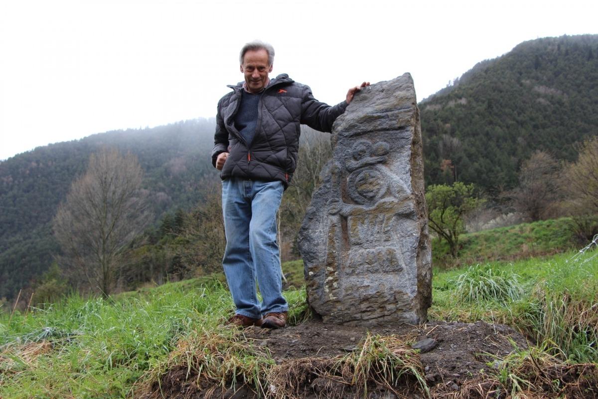 Andorra, la Cortinada, Tonet Naudí, Sant Cristòfol, mehir, megalitisme, David Gálvez, Sugranyes, pedra dreta, Pere Canturri