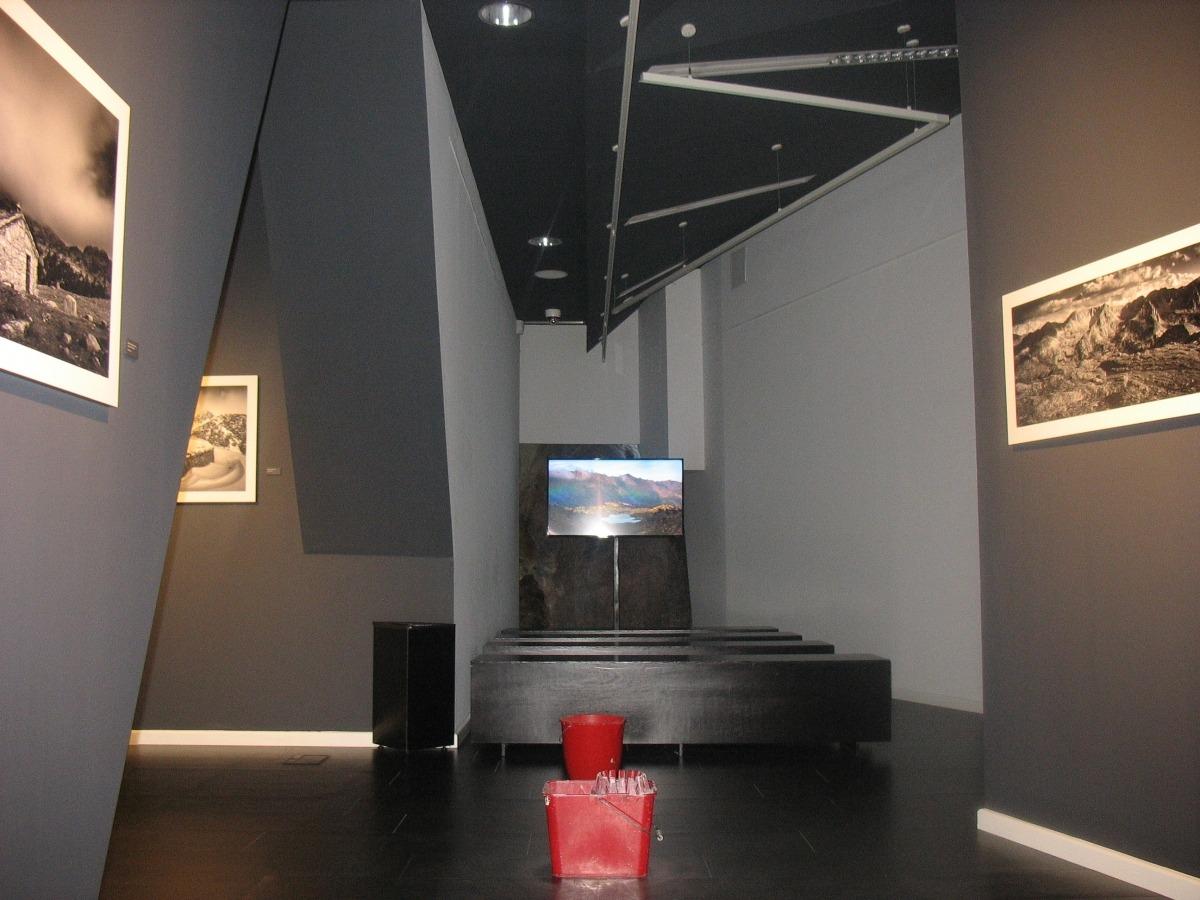 Andorra, artalroc, equipaments, goteres, sala d'exposicions