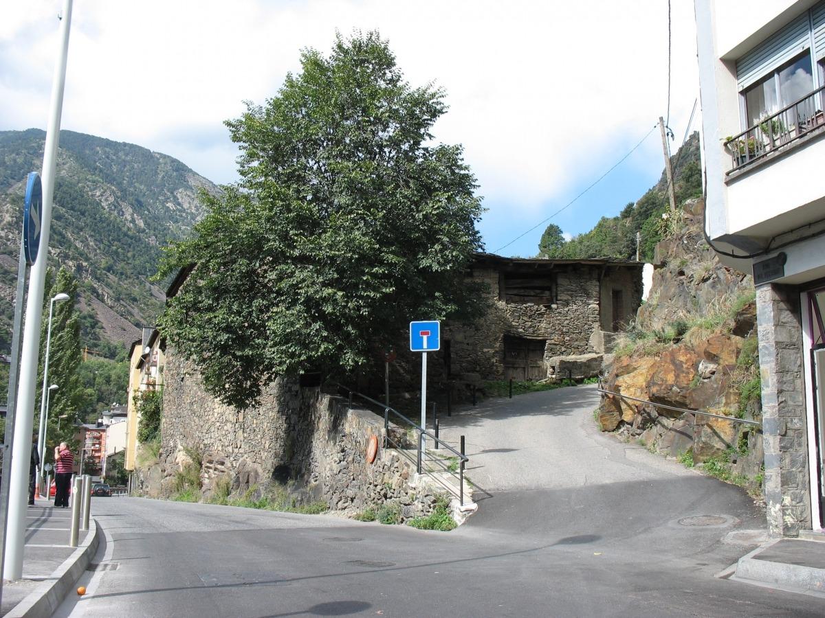Andorra, Escaldes, Engordany, Museu Thyssen, OIga Gelabert, Casa Ribot, Marc Calvet, Claude Benet, Velles Cases Andorranes