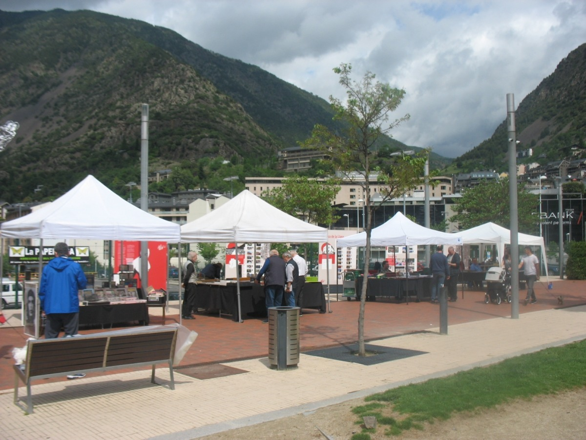 Andorra, paperassa, Ton Armengol , Casi Arajol, Jordi Rossell, Marsol, Arnaldeta de Caboet, Cahrly Forés, Armindo Pinto