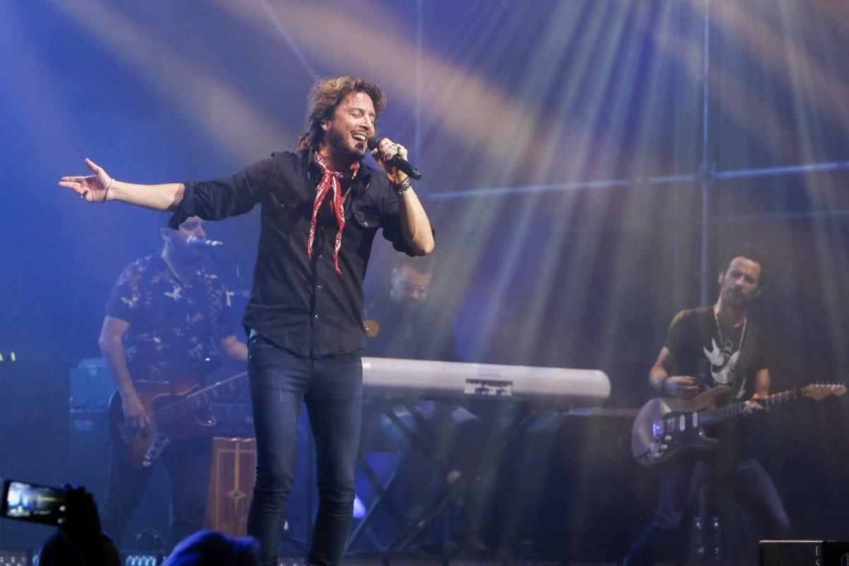 Andorra, Manuel Carrasco, concert, suspensió, Bailar el viento, gira, poliesportiu, Y ahora, sabrás, Pequeña sonrisa, Tambores de guerra