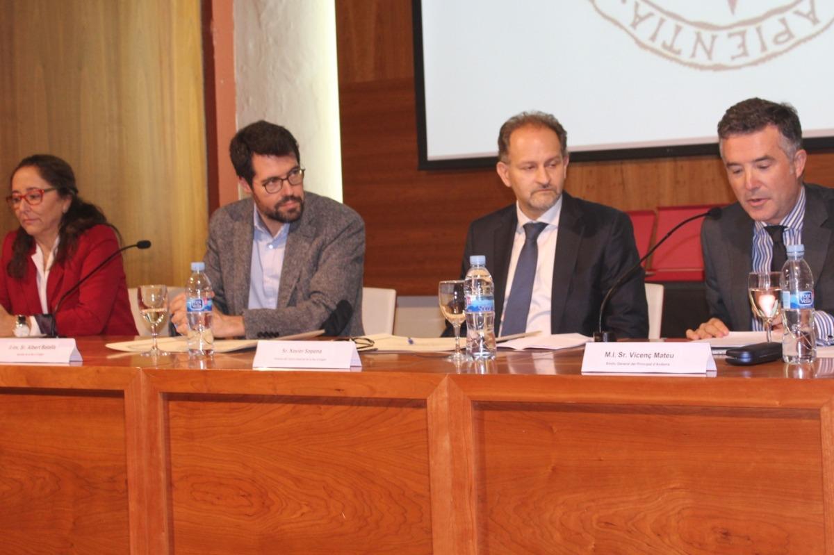 El centre associat de la UNED preveu impartir un grau en criminologia