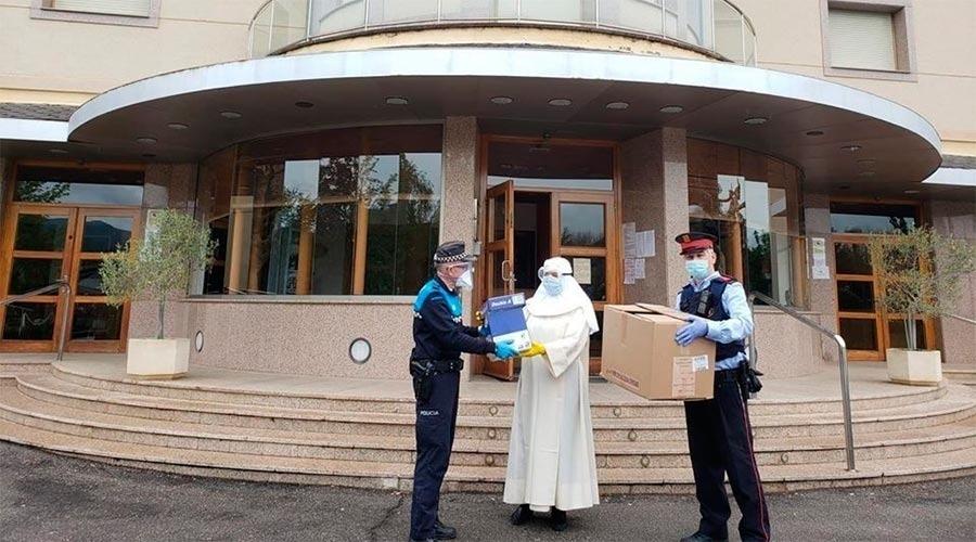 L'Ajuntament va posar a disposició de l'orde religiós que gestiona l'asil mascaretes durant les primeres setmanes de la pandèmia.