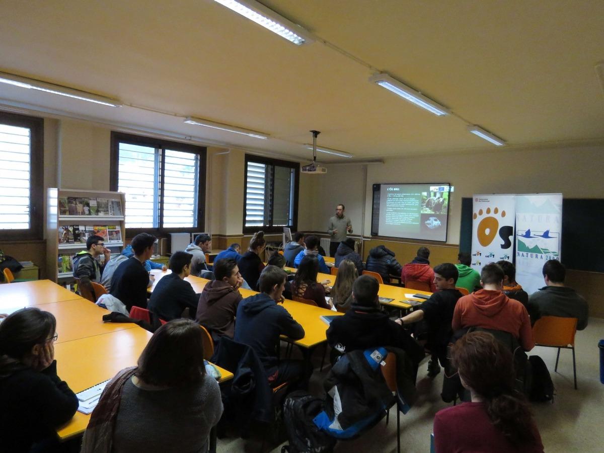Vam impartir la xerrada tècnics del programa Piroslife.