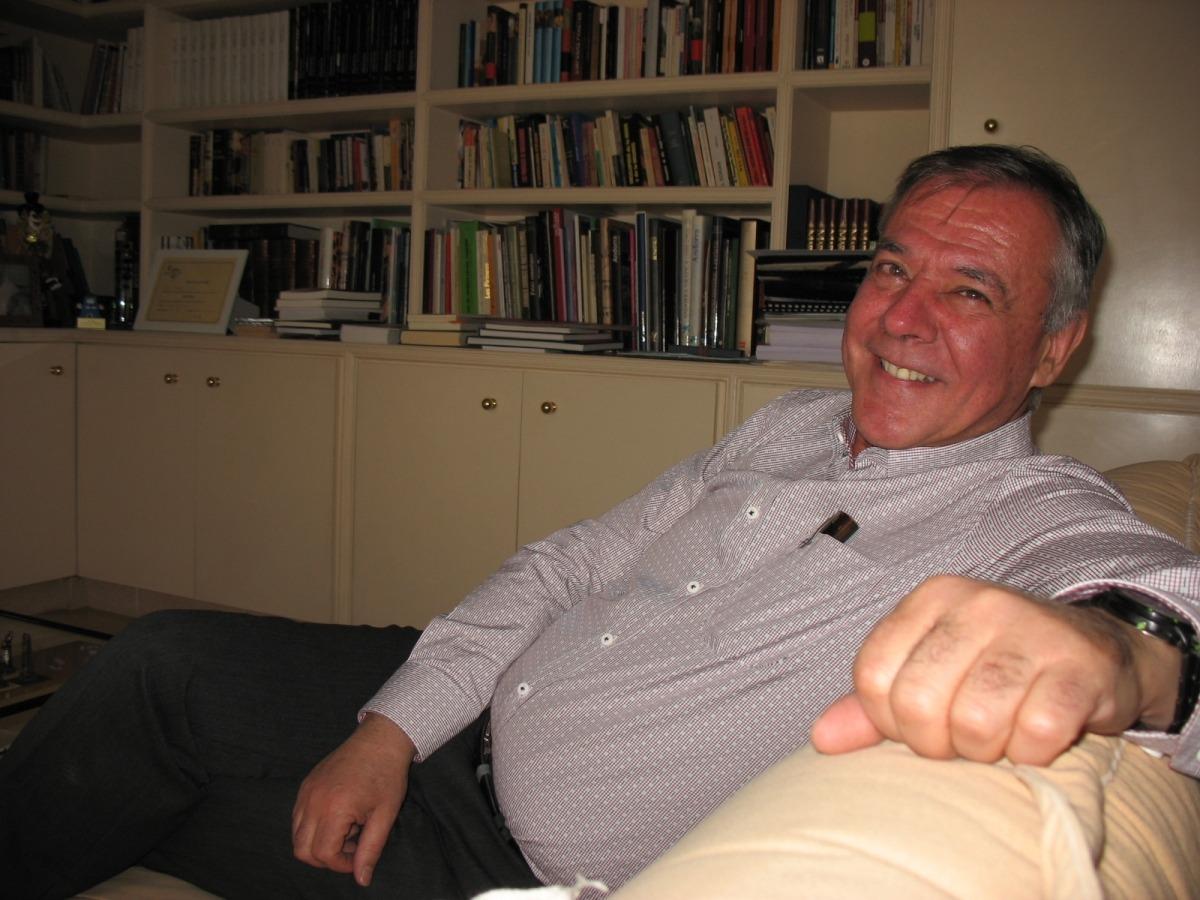 L'autor, al despatx de casa Salvadó de la capital, el desembre del 2018 amb motiu de la publicació de 'Vols viure?'