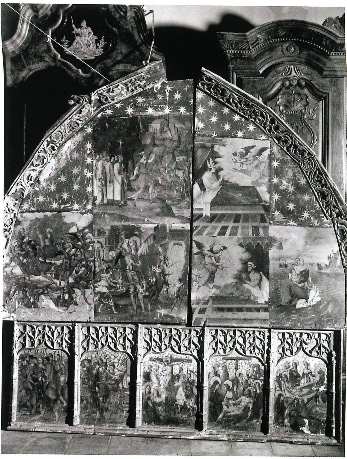El retaule sencer, en unes de les dues úniques fotografies que se'n conserven, quan ja havia estat arrencat de Sant Miquel i traslladat a Palma de Mallorca.