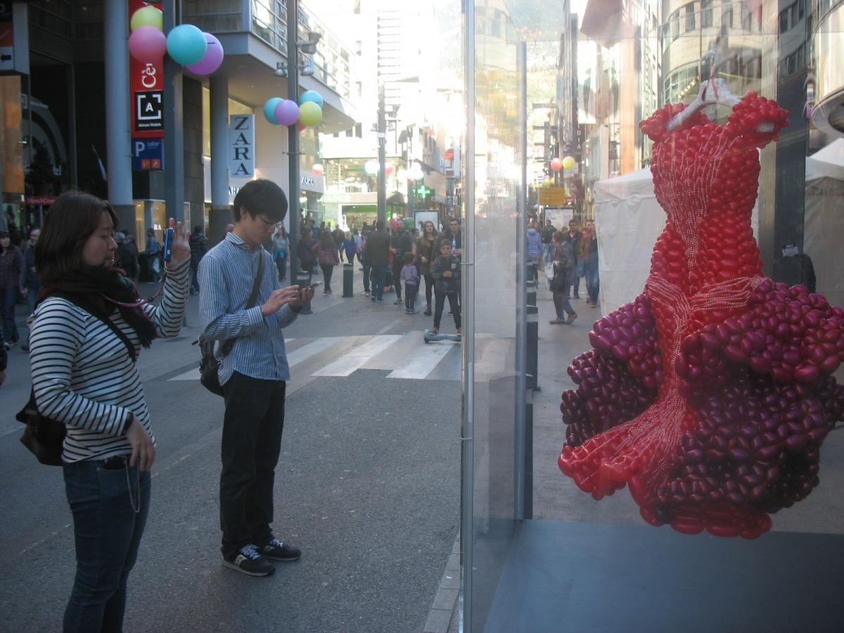 Art Shopping, Shopping Festival, art al carrer, Andorra, escaldes, Carlemany, Meritxell, Keshta, Eve riza, Sam Bosque, Mangot, Joan Pastor, Finali