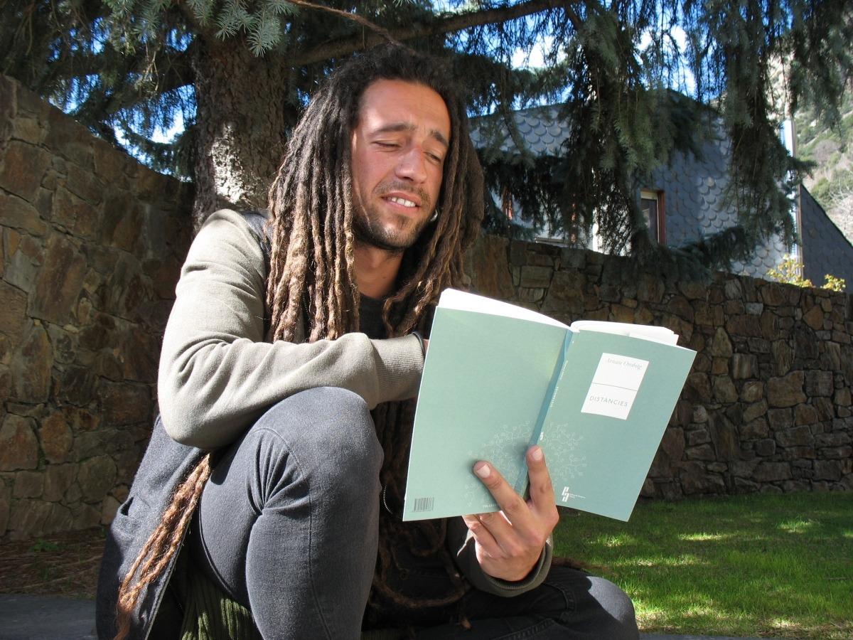 Andorra poesia Arnau Orobitg Editorial Abrams pastor Alps Distàncies